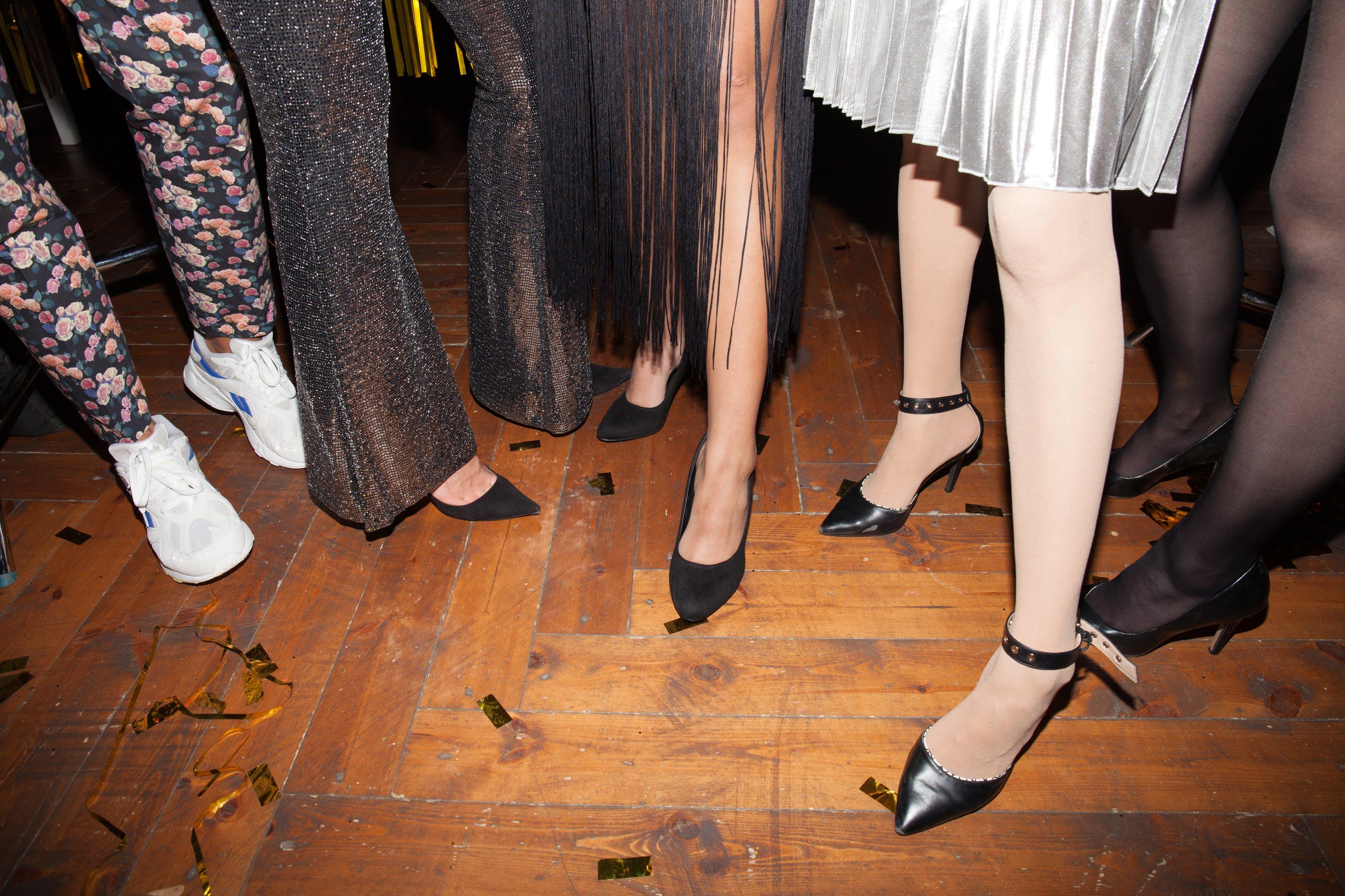 boty na podpatcích