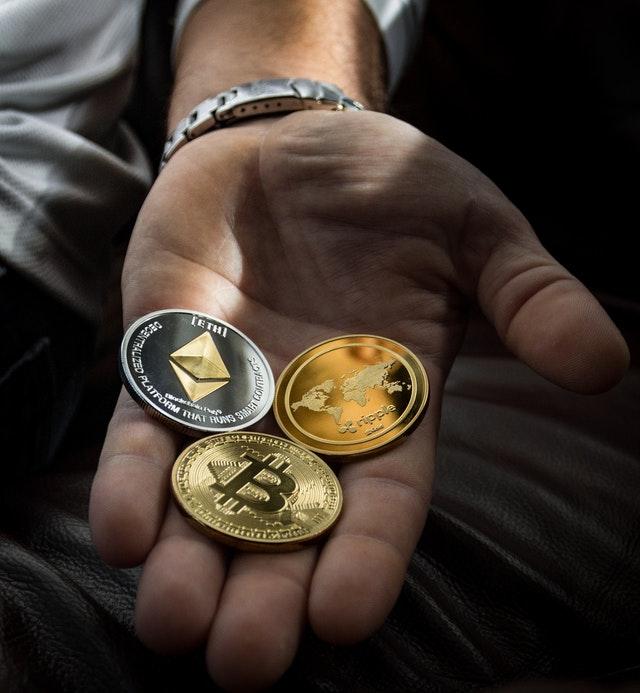 bitcoin v ruce