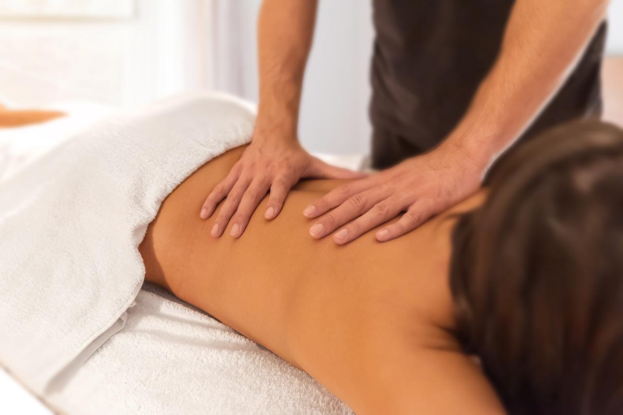 massage-4944146_1280